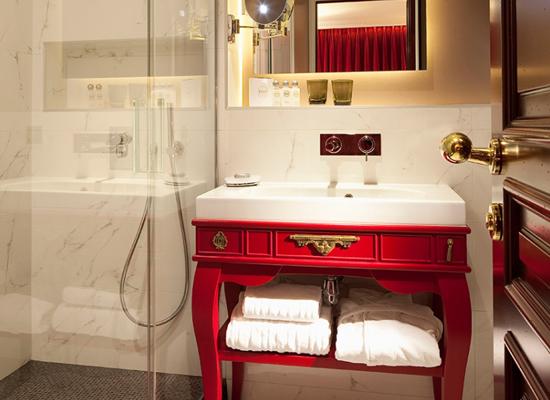 Arredo bagno classico violi ceramiche - Ceramiche bagno classico ...