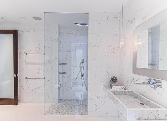 Arredo bagno marmo violi ceramiche for Arredo bagno reggio calabria